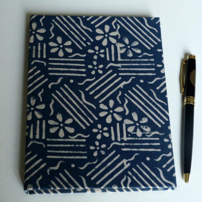 carnet de voyage - tissus batik imprimé bleu - Lokanga